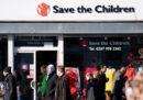 Il presidente di Save the Children si è dimesso per aver coperto un dirigente che si era comportato in maniera inappropriata con alcune colleghe