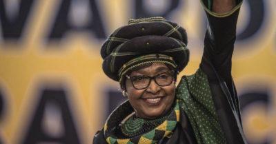 Sudafrica: morta Winnie, ex moglie di Nelson Mandela