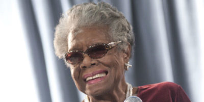 Breve storia di Maya Angelou, che nacque oggi 90 anni fa