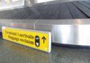 All'aeroporto di Heathrow le partenze sono state sospese per un'ora dopo un altro avvistamento di un drone