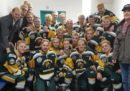 In Canada un incidente tra un camion e un pullman con a bordo una squadra di hockey giovanile ha provocato la morte di 14 persone