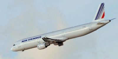 Il 25 per cento dei voli Air France di oggi sarà cancellato per uno sciopero