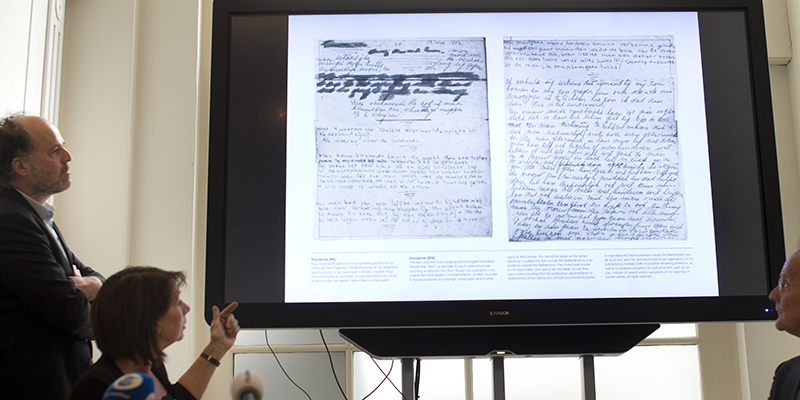 Nelle pagine segrete del suo diario, la normalità negata di Anna Frank