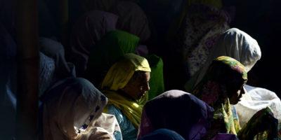Centinaia di donne rohingya stuprate partoriranno a maggio