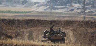 L'esercito israeliano ha bombardato una base e due navi di Hamas