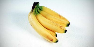 Perché le banane cambiano colore in fretta
