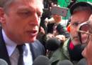 Il video della contestazione a Gianni Cuperlo prima della direzione nazionale del PD