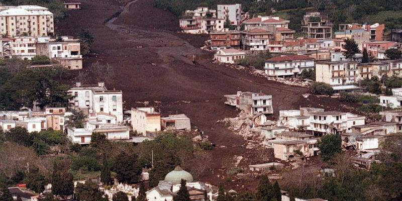 Risultati immagini per L'alluvione di Sarno