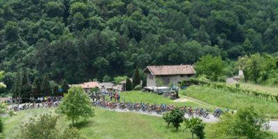Giro d'Italia tappa 17: ancora Viviani... e sono 4!