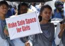 In India 17 uomini sono stati incriminati per lo stupro collettivo di una ragazzina di 12 anni
