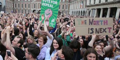 Si parla di un referendum sull'aborto anche in Irlanda del Nord