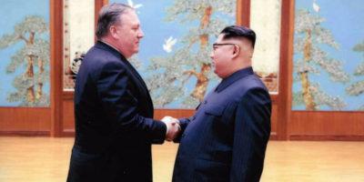 Trump accoglie con entusiasmo i tre americani liberati dalla Corea del Nord