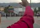 Maduro ha diffuso un video in cui saluta una piazza praticamente vuota