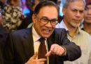 L'importante politico malese Anwar Ibrahim è stato scarcerato