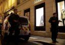 C'è stato un accoltellamento a Parigi