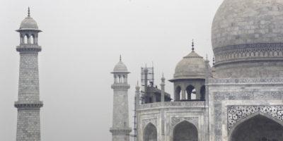 Il Taj Mahal sta cambiando colore
