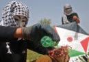 La nuova arma dei palestinesi di Gaza: gli aquiloni incendiari