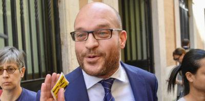 Il nuovo ministro della Famiglia dice che ha molti amici gay