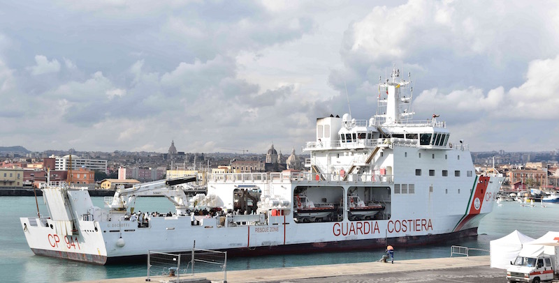 Risultati immagini per nave Diciotti, della Guardia Costiera italiana