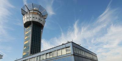 Un terzo dei ritardi aerei in Europa per il controllo dei voli si deve alla Francia