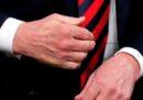 Un nuovo capitolo della saga delle strette di mano tra Trump e Macron