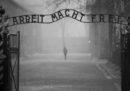 Il museo di Auschwitz ha detto che non parteciperà al Salone del Libro di Torino se ci sarà anche la casa editrice neofascista Altaforte