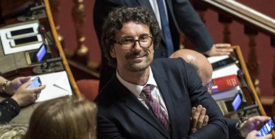 «Chi se ne frega di andare a Lione», dice Toninelli