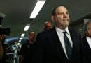 Una delle accuse di violenza sessuale contro Harvey Weinstein è stata ritirata