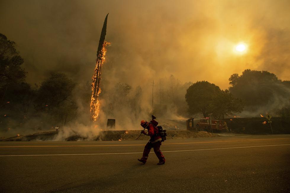 Brucia anche California, vittime e 10'000 sfollati