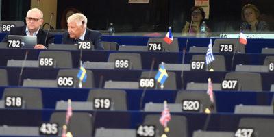 Il doppio lavoro dei parlamentari europei