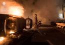 Le proteste a Nantes, dopo che la polizia ha ucciso un ragazzo