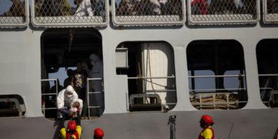 Nei porti italiani Salvini non vuole nemmeno le navi militari