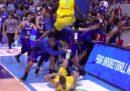 La violenta rissa durante Filippine-Australia di basket