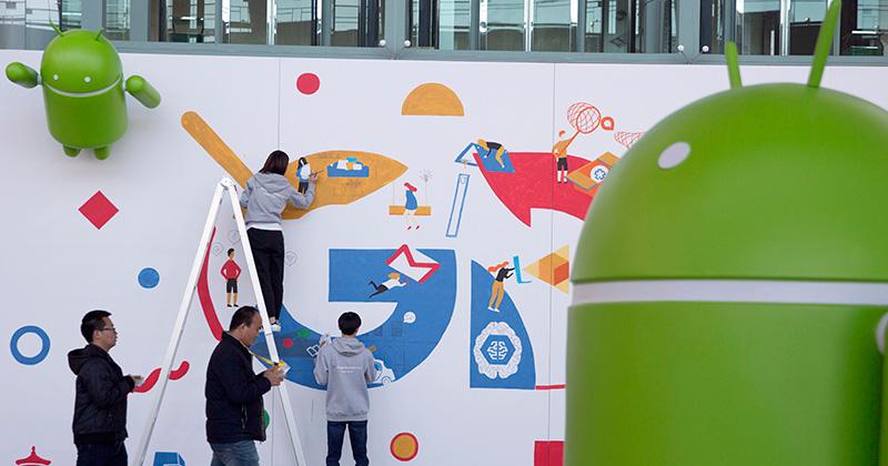 Google richiederà il pagamento di una licenza ai produttori di smartphone Android per utilizzare le sue app in Europa