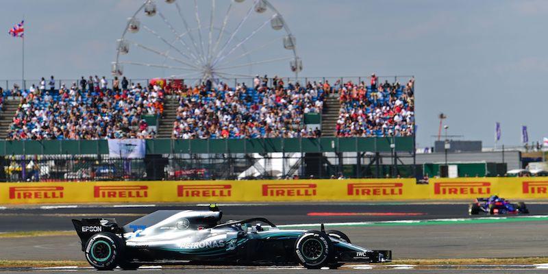 Valtteri Bottas della Mercedes nelle qualifiche di Silverstone