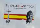 Il governo socialista spagnolo vuole spostare la tomba di Franco