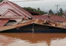 Almeno 19 persone sono morte per il crollo di una diga in Laos