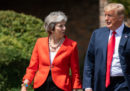Trump ha consigliato a Theresa May di fare causa all'Unione Europea, su Brexit