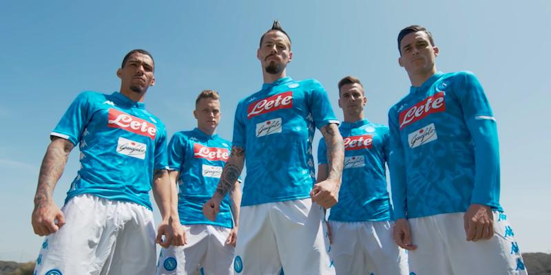 completo calcio Napoli modello