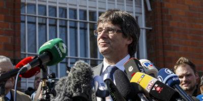 L'ex presidente catalano Carles Puigdemont potrà essere estradato in Spagna per malversazione