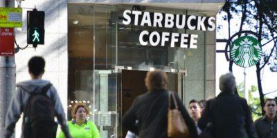 Starbucks bloccherà il porno sulle reti WiFi delle sue caffetterie
