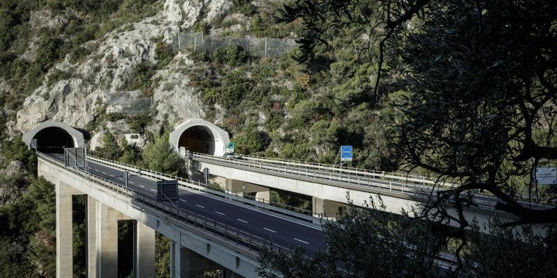 Cosa c'entrano le concessioni autostradali con il ponte Morandi? - Il Post