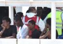 Altri 13 migranti sono scesi dalla Diciotti