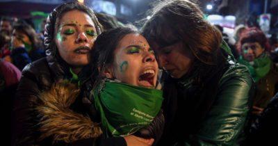 Il Senato argentino ha bocciato la legge che avrebbe legalizzato l'aborto