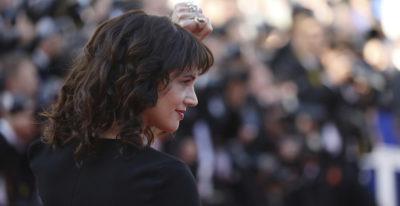 Asia Argento ha pagato un giovane attore che la aveva accusata di violenza sessuale