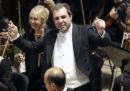 Il direttore d'orchestra Daniele Gatti, accusato di comportamenti inappropriati da due donne, è stato licenziato dal Concertgebouw di Amsterdam