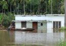 Negli ultimi giorni almeno 67 persone sono morte a causa di intense alluvioni nello stato indiano del Kerala
