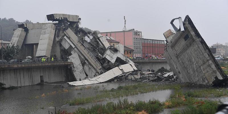 Risultati immagini per crollo ponte morandi