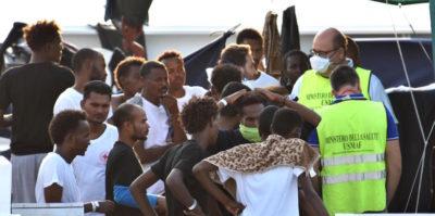 Un quarto dei migranti arrivati in Italia con la Diciotti ha lasciato i centri di accoglienza