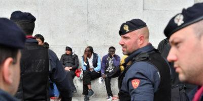 Un gruppo di parlamentari del Movimento 5 Stelle ha scritto una lettera per chiedere di cambiare il decreto sicurezza